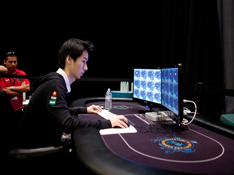 PokerStars Twitch - nanonoko Hits The Final Table